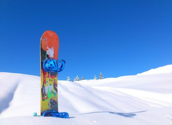 snowboard-113784_1920